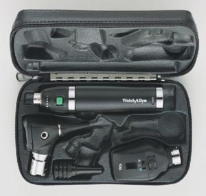Diagnostic Set with Coaxial Ophthalmoscope, MacroView™ Otoscope, and Lithium Ion Handle in Hard Case